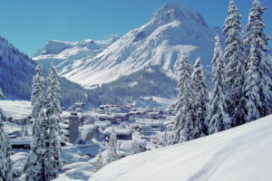 Lech Panorama im Winter